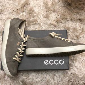 Ecco Soft 7 Sneakers Sz 39 or 8-8.5. Warm grey.